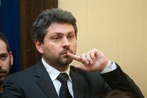 M5s,  giallo delle mail hackerate. Blog Grillo: Erano in mano a Massimo Artini