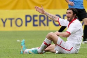 Emiliano Bonazzoli squalificato 10 turni per insulti razzisti