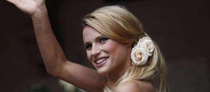 Michelle Hunziker sposa, una misteriosa cicatrice sul braccio FOTO