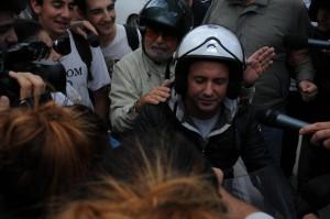 """Secolo XIX: """"Energumeni attorno a Beppe Grillo hanno aggredito  giornalisti"""""""