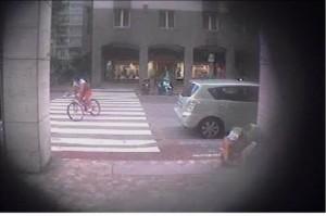 Bolzano. Ciclista pirata: foto della Polizia Municipale. Impunità, tempo scaduto