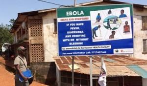 """""""Attenzione ebola"""": scherzo sull'aereo costa 2.500 euro ad un italiano"""