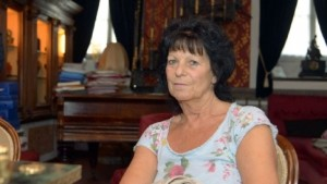 Ester Arzuffi mente: 3 figli, nessuno dal marito. Il terzo nemmeno di Guerinoni