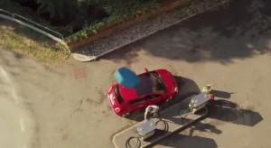 Fiat 500 prende Viagra e diventa mini suv 500X: VIDEO dello spot