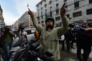 Beppe Grillo a Genova (Foto Ansa)