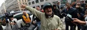 M5S sospende raccolta fondi per Genova. Bluff 2mila euro per intervistare Grillo