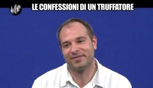 """Le Iene, Matteo Viviani e Mattia Griggio: """"Piano del truffatore incallito"""" VIDEO"""