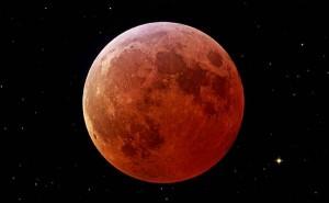 Luna rossa per eclissi totale: lo spettacolo in diretta video dall'Australia