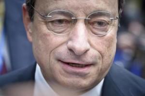"""Draghi: """"Riforme per assumere i giovani, non per licenziarli"""""""