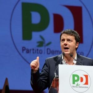 """Matteo Renzi sfida sindacati: """"Contratti aziendali per far ripartire l'Italia"""""""