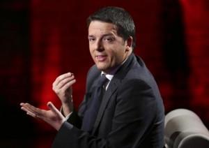 """Renzi manovra: 30 miliardi """"di sinistra"""" per un 2015 o la va o la spacca"""