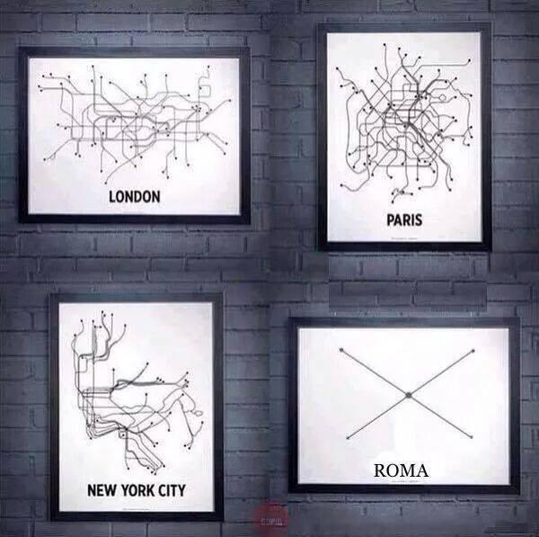 """La metropolitana di Roma """"è minimalista"""": su Facebook la foto ironica"""