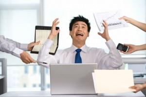 Multitasking ti fa... cretino: test rivela danni al cervello