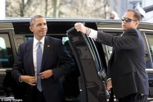Pregiudicato e armato in ascensore con Obama: nuova falla Secret Service Usa