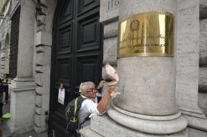 Bernardo Polverari, capo gabinetto Pa rinuncia ad auto blu e doppio-stipendio