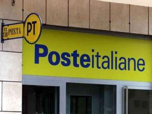 Carrara, direttrice delle Poste ricattata sottrae ai clienti 200mila euro