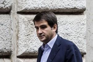 Berlusconi a Raffaele Fitto: Sei figlio di un vecchio Dc, puoi anche andare via