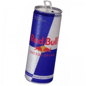 Red Bull, chi ha comprato una lattina potrà chiedere un risarcimento