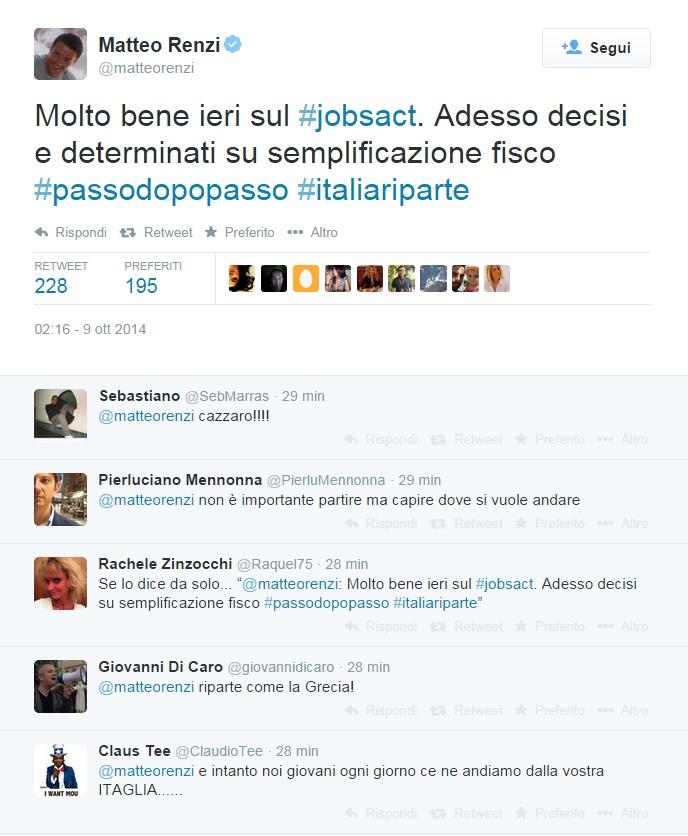 """Renzi su twitter: """"Molto bene ieri sul #jobsact. Adesso semplificazione fisco"""""""