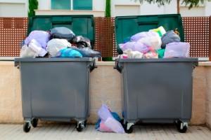 Sacchetti: il 60% di quelli in circolazione è di plastica e fuorilegge