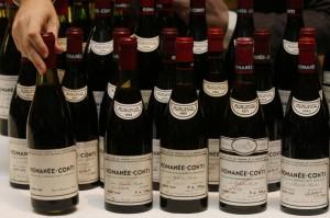 Vino, asta da record: 1,2mln di euro per 114 bottiglie di Romanée-Conti