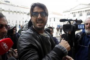 """Fabrizio Corona chiederà grazia a Napolitano: """"Voglio affidamento terapeutico"""""""