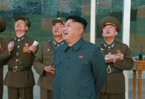 Corea del nord, Kim Jong-un torna in pubblico dopo oltre un mese
