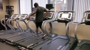 """""""Treadmill dance"""", il ballo sul tapis roulant di Marcus Dorsey VIDEO"""