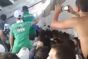 Cori pro Isis dei tifosi del Raja Casablanca: polemiche in Marocco VIDEO
