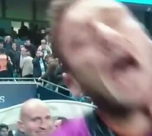 Francesco Totti, gavettone in diretta tv dopo Manchester City-Roma VIDEO