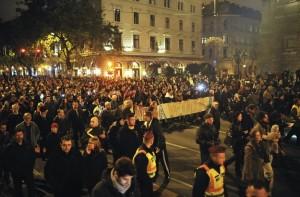 Ungheria, niente tassa su internet: retromarcia Orban dopo proteste