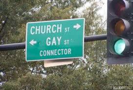 Gay, Chiesa riconosce dignità delle unioni