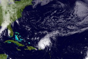 Uragano Gonzalo verso Europa: venti a oltre 110km/h, voli cancellati a Londra
