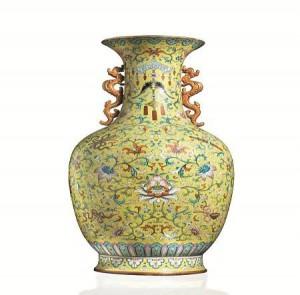 Asta record a Firenze per vaso Qing: base di 15mila euro, battuto a 7 milioni