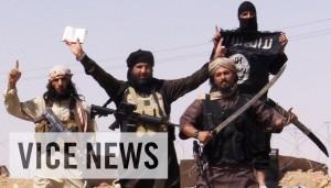"""Isis: il documentario di Vice. Giornalista """"embedded"""" dentro il Califfato VIDEO"""