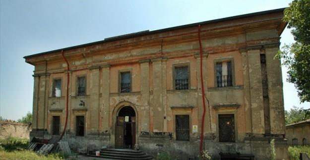 Bologna. Villa Clara casa maledetta: fantasma di bambina piange e chiede aiuto 06