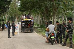 """Filippine, l'appello dell'ostaggio tedesco di Abu Sayyaf: """"Sono già nella mia fossa"""""""
