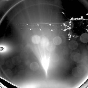 La sonda Rosetta è la protagonista della prima immagine scattata dal lander Philase subito dopo la separazione (foto Ansa)