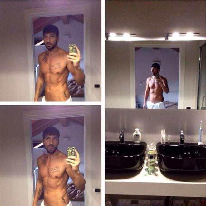 Selfie in bagno, la nuova moda dei Vip: sexy nella vasca, sul wc… FOTO