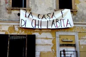 """""""Chi ruba le nostre case e chi perde i nostri voti"""", Vittorio Feltri sul Giornale"""