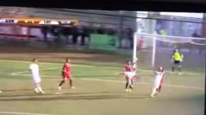 Davide Moscardelli video gol rovesciata in Aversa-Lecce 0-1