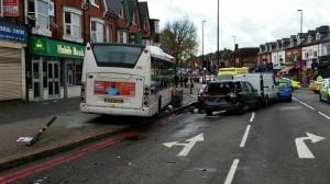 David Williams, infarto mentre guida bus: passeggeri in salvo, poi muore VIDEO