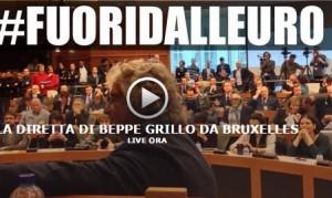 """Beppe Grillo a Bruxelles: """"Noi in guerra non contro l'Isis ma contro la Bce"""""""
