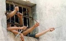 Venezuela, sciopero fame in carcere: detenuti assumono farmaci a caso, 21 morti