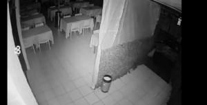 Como, litiga nella pizzeria: torna nella notte e spara col fucile VIDEO