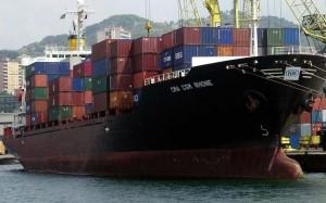 Venezia, 10 ragazzini nascosti nel container di una nave giunta da Patrasso