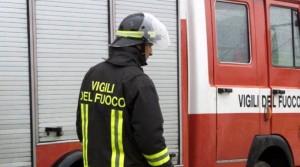 Milano, guerra degli sgomberi: danno fuoco a ufficio case popolari