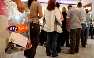"""Aeroporti, scanner per liquidi in arrivo: bottigliette d'acqua e saponi """"salvi"""""""