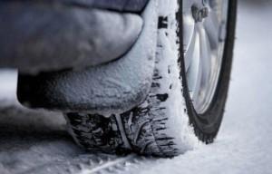 Obbligo pneumatici invernali o catene invernali: cosa c'è da sapere