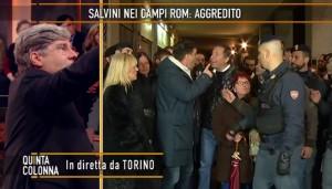 """Quinta Colonna, bomba carta in diretta: """"Questa non è la trasmissione degli zingari"""" VIDEO 2"""